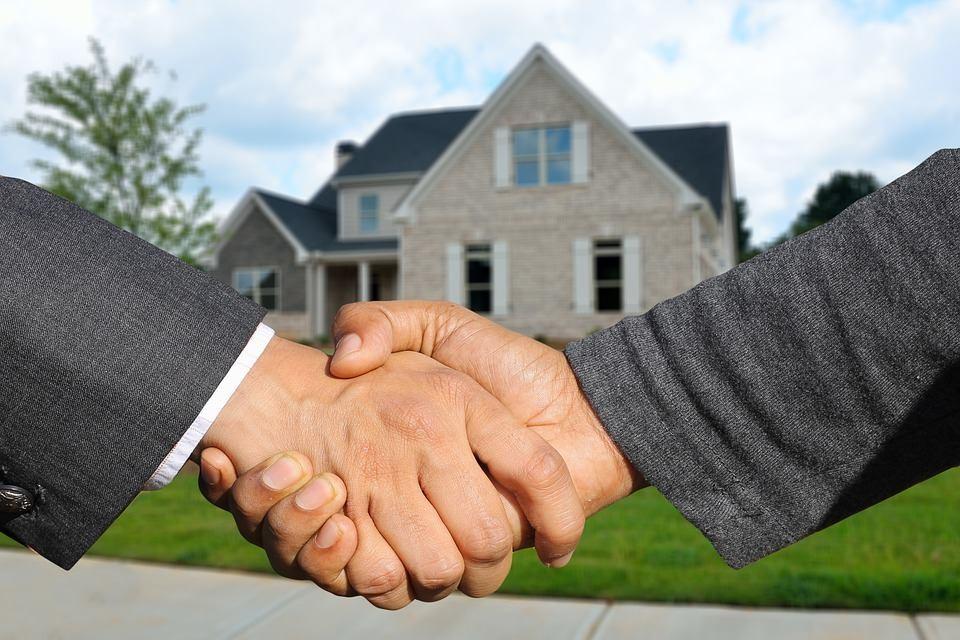 agenti-immobiliari-abusivi